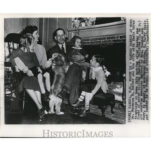 1950 Wire Photo Dr. Sander Family at home after freed of merley killing charges