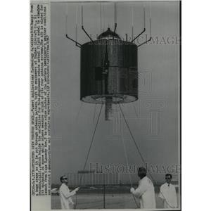 1967 Pres Photo Newest Application Technology Satellite Hangs from Huge Crane
