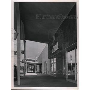 1964 Press Photo Sears Roebuch and Co., Middleburg Hts. - cva92794