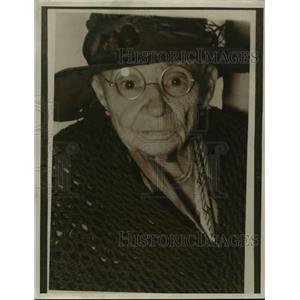 1936 Press Photo Minerva Hartman on 104th birthday at Minerva's Fort - nee85969