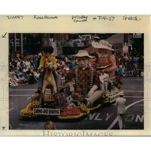 1997 Press Photo A scene from the Grand Floral Parade, Portland Rose Festival