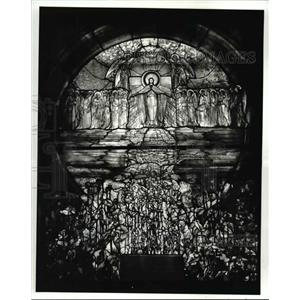 1982 Press Photo Tiffany window at The Wade Memorial Lakeview Cemetary