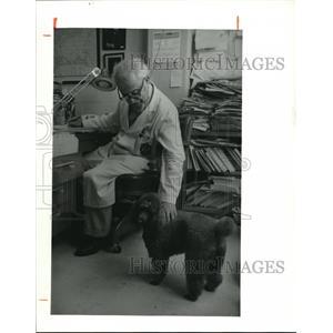 1980 Press Photo Dr. Samuel A. Corson - cva96277