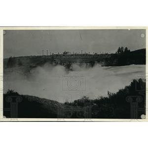 1931 Press Photo Spokane river at present Monroe St. bridge, - spa01356