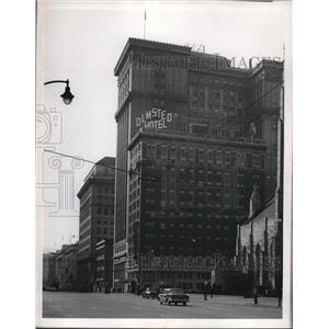 1923 Press Photo Olmsted Hotel at N.W. Corner of Superior - cva88609