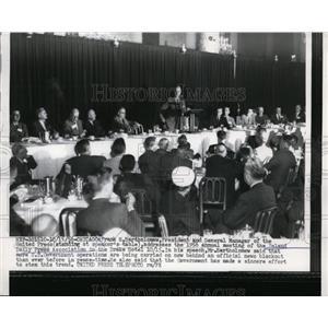 1956 Press Photo Frank Bartholomew Preident of United Press at a Chicago rally