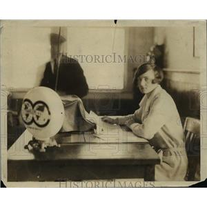 1925 Press Photo Ms.Helen Sullivan, Sec. Travellers Aid Miami Florida.