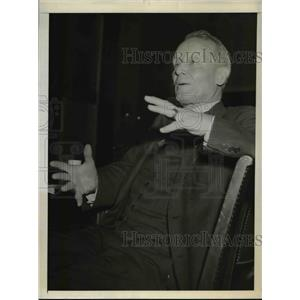 1943 Press Photo R/Adm. Emory S.Land at Senate Small Business Committee