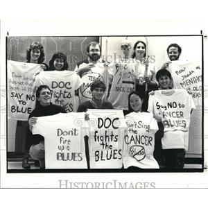 1987 Press Photo Medical students from CWRU support banning the Cigarette Blues