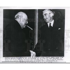 1956 Press Photo Sir Anthony Eden British Prime Minister greet Winston Churchill