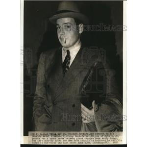 1937 Wire Photo Winthop Rockefeller Enroute to His  Granfather's Funeral