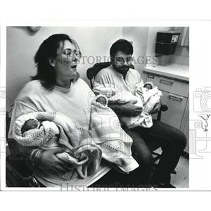 1989 Press Photo The Surviving Quintuplets at University Hospital - cva72324
