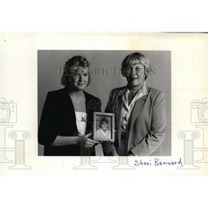 1987 Press Photo Mayor Sheri Barnard and Sabrina James - spa01194