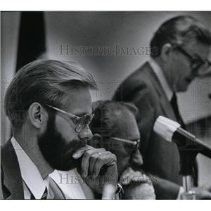 1984 Press Photo George Bible - spa01130