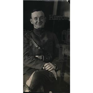 1918 Press Photo US military man CC Lyon in dress uniform