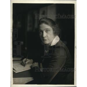1918 Press Photo Member Of Mayor's Committee Eula McClary
