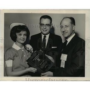 1967 Press Photo Sandra Jean Jaschob, Rev. R. Arthur Wagner, Rev. Louis V. Huber