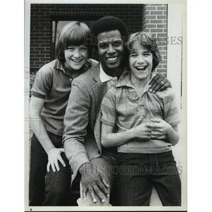 1983 Press Photo Michael Warren with Jason Bateman and David Hollander