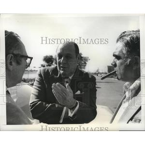 """1973 Press Photo """"Buzzy"""" Bavasi of San Diego Padres dejected after move to DC"""