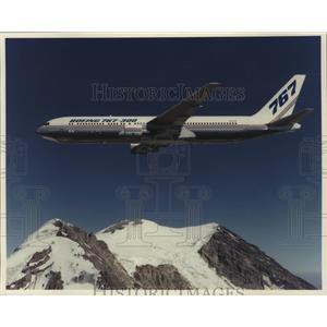 1990 Press Photo Airplane Cargo & Transport Boeing 767-300