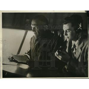 1930 Press Photo Gen J.E. Fetdret and Herbert Honry, Jr. - nef36317