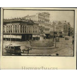1890 Press Photo Streetcars Circle Henry Clay Statue On St. Charles & Canal St.