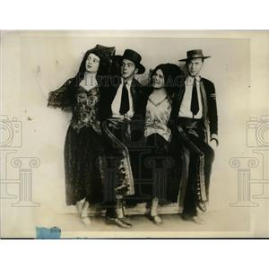 1927 Press Photo Actors from Barbara of Seville to Debut on Dec. 16 and 17