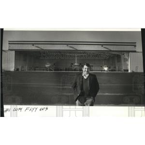 1987 Press Photo Montel Work, director of aviation for Louisiana-Pacific Corp.