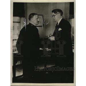 1925 Press Photo Senator Royal Copeland Congratulating Fred Ladlow on Chaplain