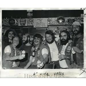 1974 Press Photo Tom, Dave, Kim, Fat Fred, Ray, Gene and Tommy of the Banshees.