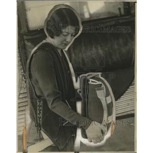 1930 Press Photo Helen Eckert with Airplane Life Preserver - neo14310