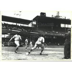 1990 Press Photo Pittsburgh Homestead Grays vs. New York Black Yankees Baseball