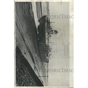 1957 Press Photo Fina Canada Taker Ship Suez Canal - RRX96427
