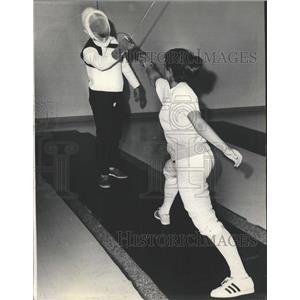 1969 Press Photo Jean Cammack Allan January Fencing - RRW51317