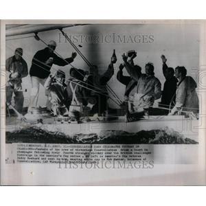 1964 Press Photo Constellation members celebrates - RRU92647