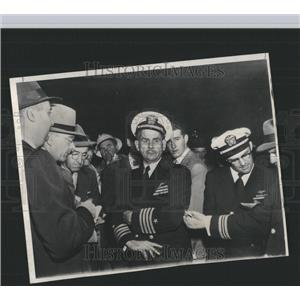 Press Photo Capt. Ahrrom Holds a Press Conference - RRX98963