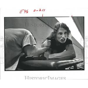 1979 Press Photo Contestants Grimace at Wrist Wrestling Contest.  - hca04518