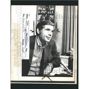 1974 Press Photo Dan Devine Football Coach - RRW32719