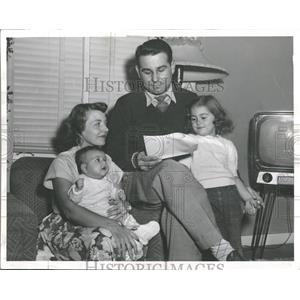 1953 Press Photo Milo J Radulovich AF Reserve Officer