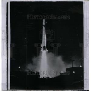 1958 Press Photo Jupiter C Space Strobe Tracking Free - RRX57597