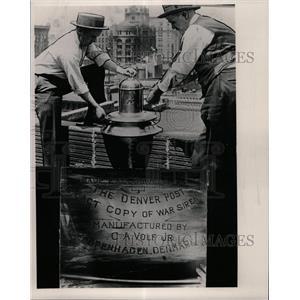 1923 Press Photo Copenhagen Joseph Edwards electrician - RRX65173