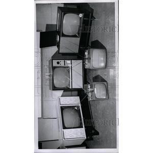 1957 Press Photo Television Telecommunication Medium - RRW98805