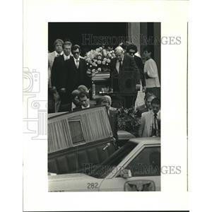 1982 Press Photo Memorial services for Sandy Giancontieri & her 3 children