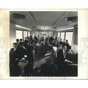 Press Photo Travelers relax in the Airport Mobile Lounge, Dulles Airport