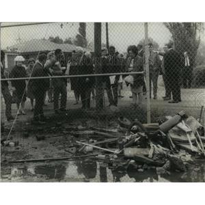 1969 Press Photo Birmingham Mayor George Seibels and Group View Trash Pile