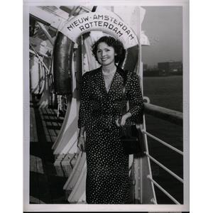 1953 Press Photo Mrs. Jules R. Schubat