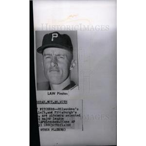 1960 Press Photo vernon sanders law baseball pitcher