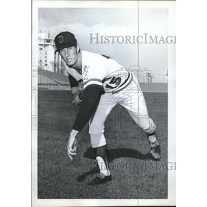 1972 Press Photo Jan Dukes Texas Rangers - RRQ33103