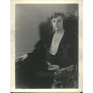 1111 Press Photo Mrs. Edger Guest Wife of America's most wodely read poet.