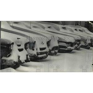 1962 Press Photo Cars buried in snow at a Wauwatosa, Wisconsin, used car lot
